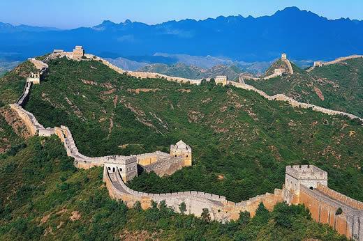 Vous savez, amis Chinois, cela ne vous sert à rien de construire une muraille si son édification vous coûte plus d'hommes que les invasions qu'elle devait aider à repousser.